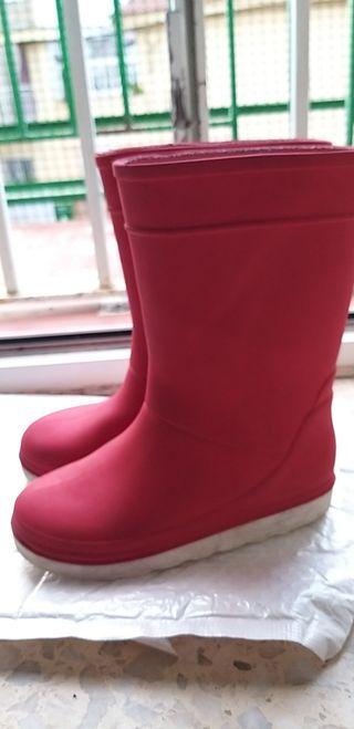 botas de agua rojas 26-27