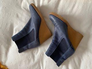 Botines Castañer azules 38