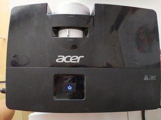 Proyector Acer x113. 2800 lúmenes