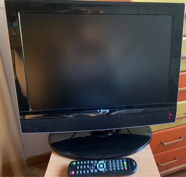 """Television LCD ijoy 8019HD 19"""" - TDT - Mp3 - divx"""