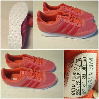 Zapatillas Adidas de mujer sin estrenar