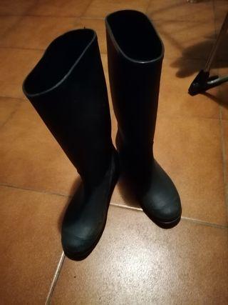 Botas azules de agua, lluvia. Katiuskas T 36