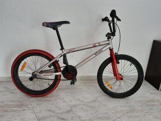 Bicicleta btwin bmx