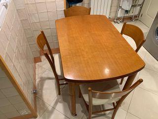 Mesa de cocina de madera extensible