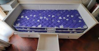 Cama nido-sofá y 2 colchones