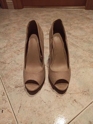 zapato piel beig