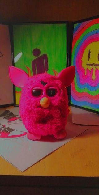 Furby Rosa 2012 Hasbro.