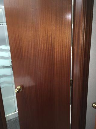 Puerta de 2,03 alto por 0,62