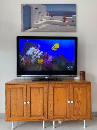 Televisor Full HD, pantalla LCD, 40 pulgadas