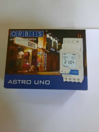 reloj astronómico orbis
