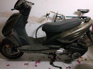 Moto Aiyumo 125
