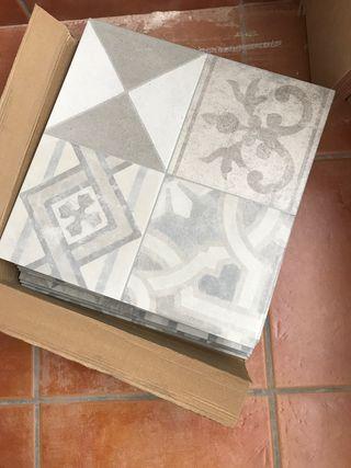 Azulejos 15 placas del liso y 8 del de dibujo