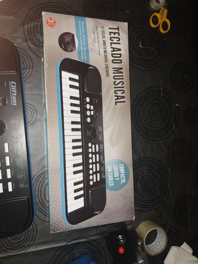 teclado clifton slm-37