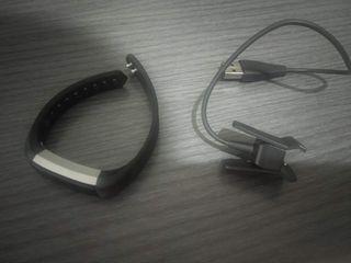 Fitbit Alta negra talla S