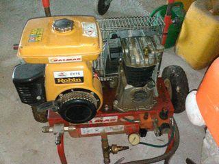 Compresor Robin EY15 de gasolina.