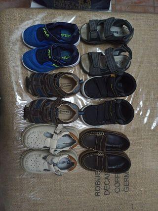 Lote Zapatos niño talla 24