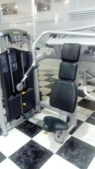 incline chest press technogym maquinas gimnasio