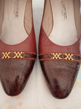 Zapatos tacón.