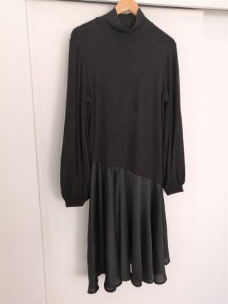Vestido de punto negro Zara L.