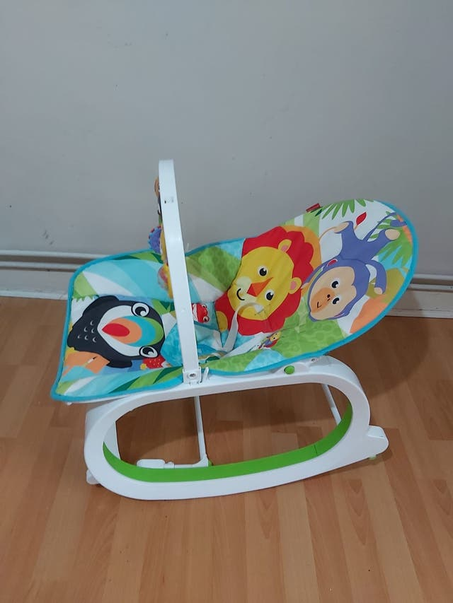 Baby vibration chair
