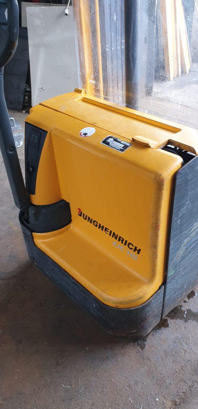 Apilador eléctrico Jungheinrich