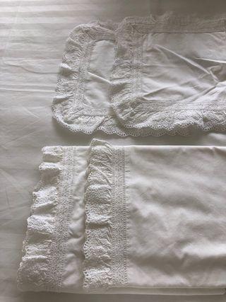 2 Sets sábanas minicuna/moises bordado Zara Homa