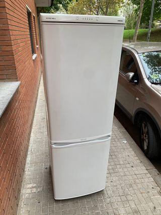 REMATE !!! Nevera Samsung 1.78 cm
