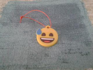 llavero / cuelgamóvil emoji
