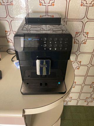 Cafetera superautomatica cecotec matic-ccino 7000