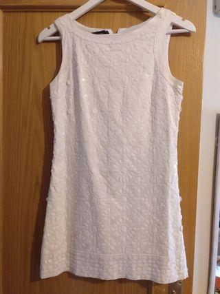Vestido mini blanco sin mangas