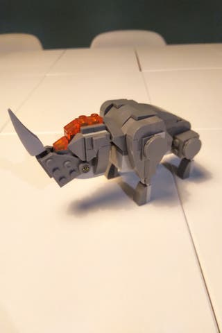 Rinoceronte Lego Harry Potter.