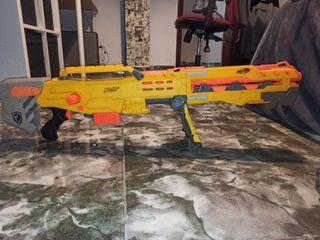 pistola nerf francotirador amarillo