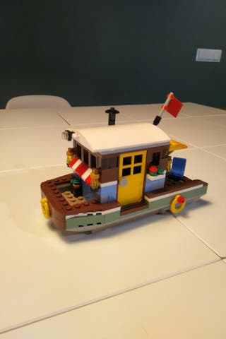 Barco Lego Creator.