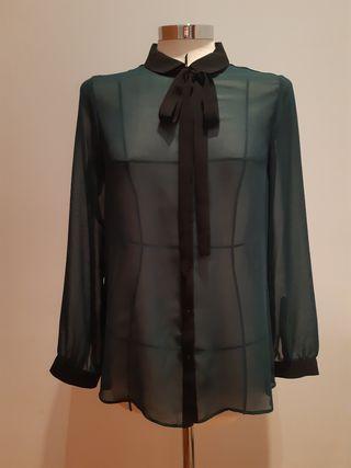 Blusa de gasa transparente