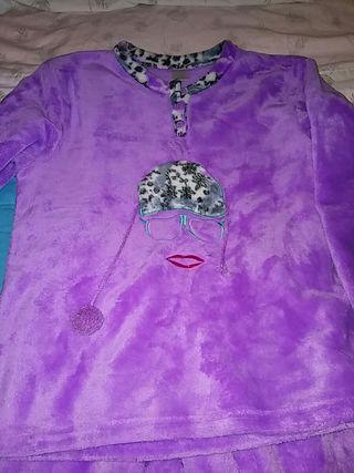 pijama niña 9 a10 años pelito
