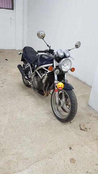 Suzuki gsf Bandit 400