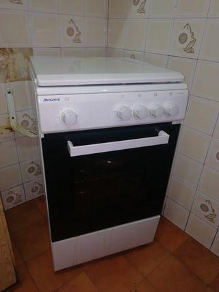 Cocina gas butano + horno