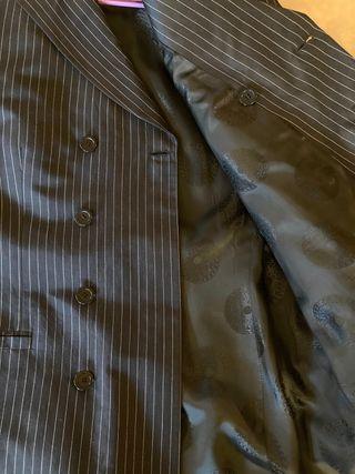 Traje mil rayas de seda y lino Versace