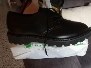 zapatos nuevos sin usar