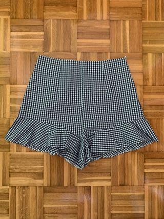 Pantalones shorts Zara