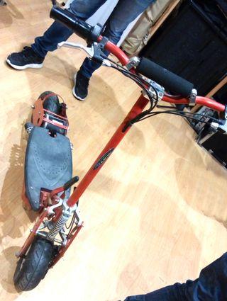 Scooter para piezas/reparar