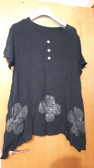 blusa negra talla grande