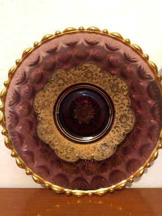 Precioso plato decoración crista y oro