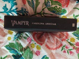 Vampyr de Carolina Andújar