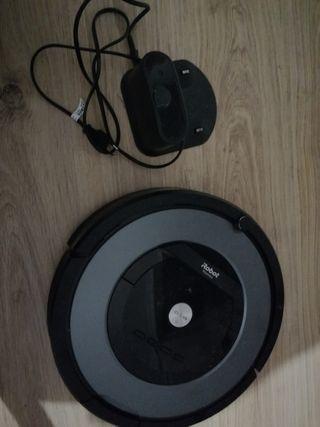 Robot aspirador Roomba 866 del año 2017