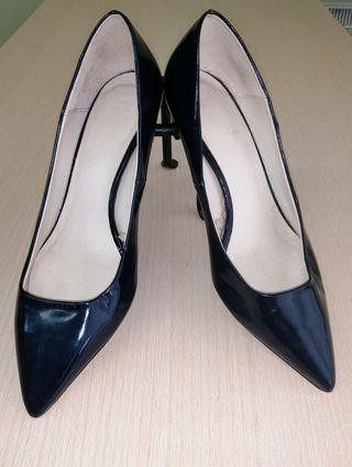 Zapatos de fiesta azul charol Zara