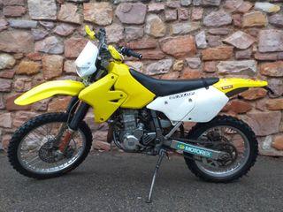 Suzuki DR 400 E
