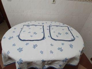 Tapete de mesa+ 2 funda de cojines