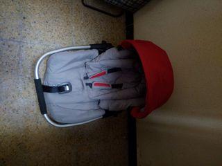 cadireta de nadó