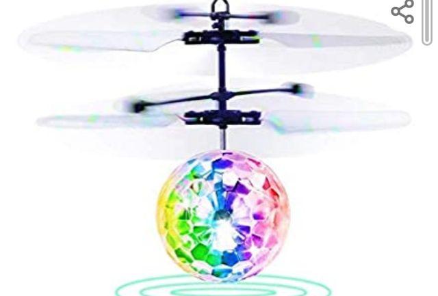 bola voladora con luces led a estrenar